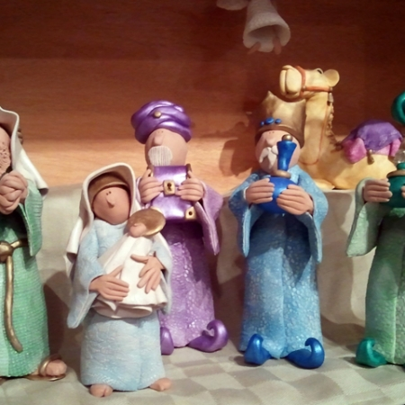 Wise Nativity Sculptures